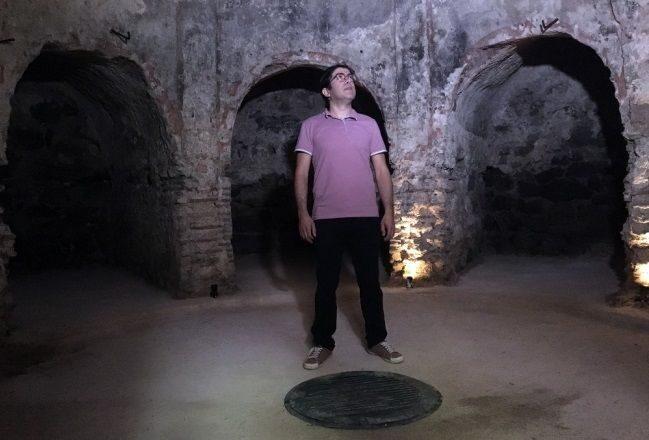 древняя языческая могила обнаружена в мечети сулеймание в Стамбуле