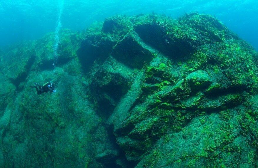 озеро Байкал вид под водой