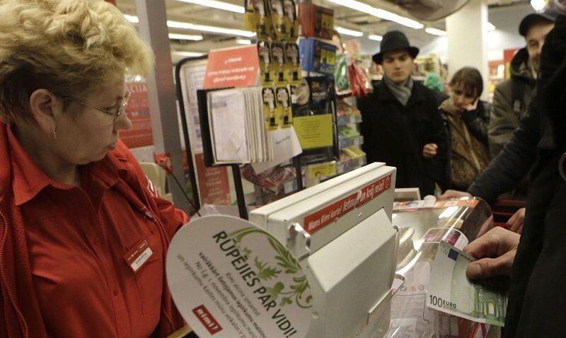 Латвия введет чековую лотерею с денежными призами для борьбы с теневой экономикой