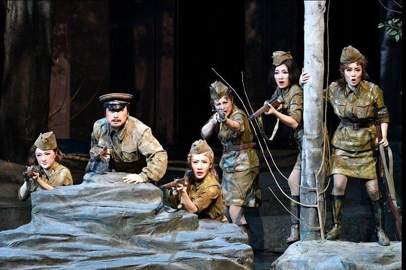 Китайская опера А зори здесь тихие