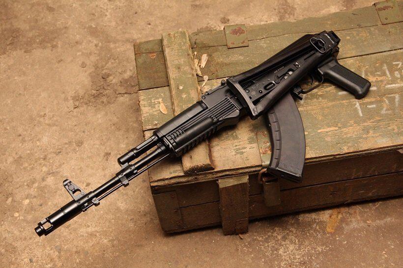 Индия решила пока не создавать совместное предприятие с РФ по выпуску автоматов АК-103