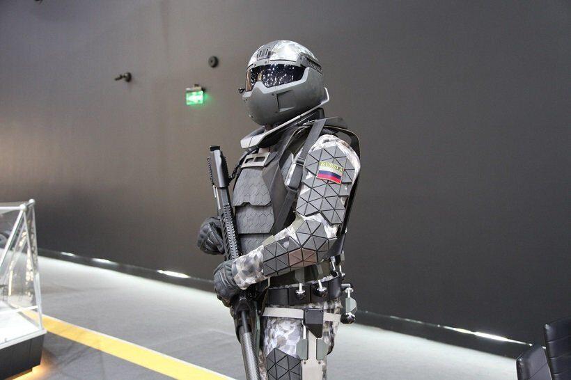 активный экзоскелет  Ратник-3