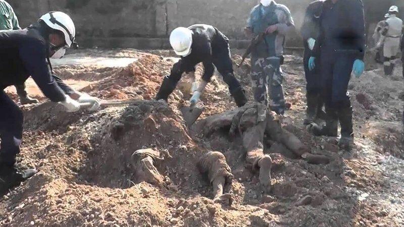 В Ираке обнаружили более 200 массовых захоронений жертв ИГ