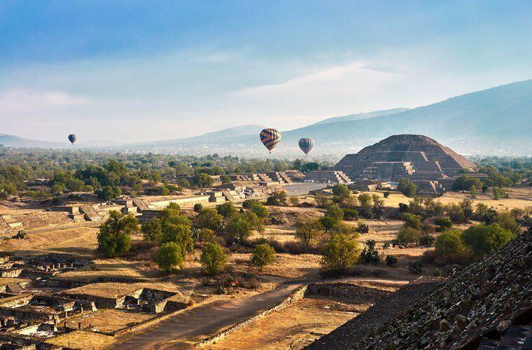 Археологи нашли загробный мир под пирамидой Луны в Мексике