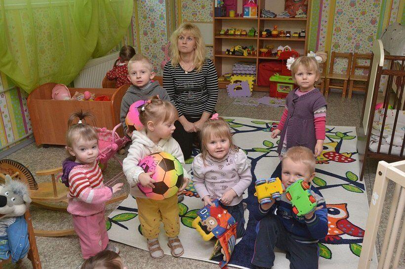 Латвийские семьи призывают активнее усыновлять воспитанников детдомов
