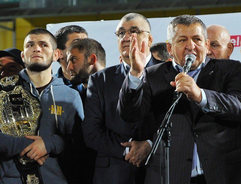 Отец Нурмагомедова пригласил Макгрегора в Дагестан