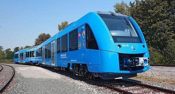 Первый поезд на водородном топливе запущен в Германии