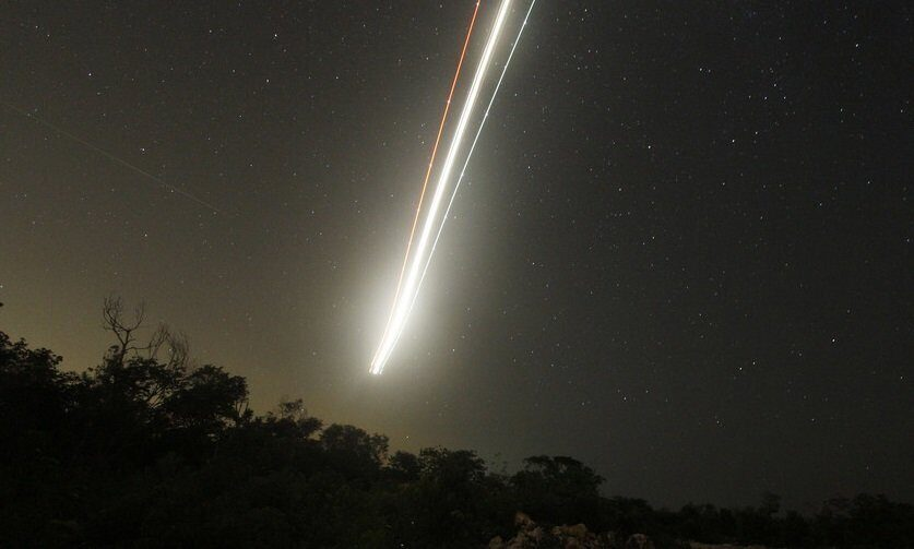Взрыв метеорита в атмосфере над Гренландией