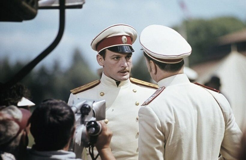 Василий Лановой в роли Вронского Анна Каренина