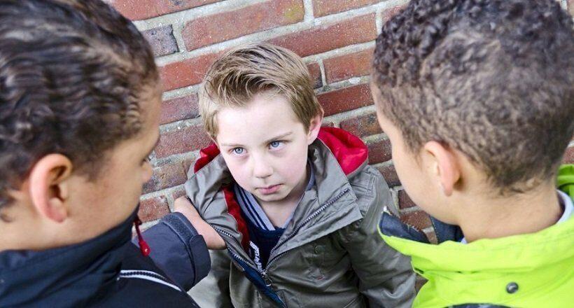 Треть подростков в мире подвергается запугиванию