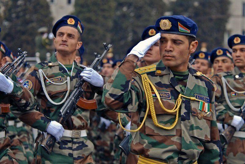 Таджикистан откажется от советских воинских званий