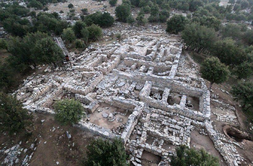 дворец Зоминтос раскопки остров Крит