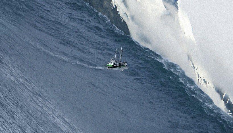 На Аляске зафиксировано цунами высотой 200 метров