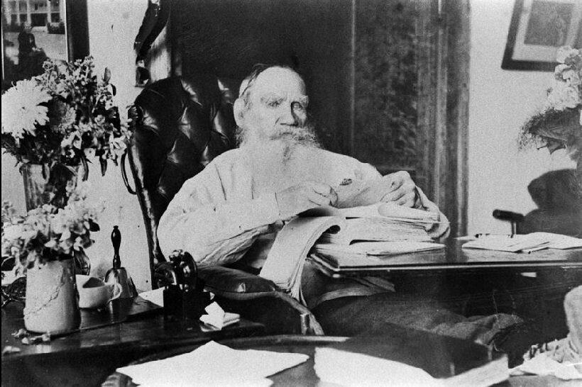Выставка архивных фотографий Льва Толстого открылась в Индии