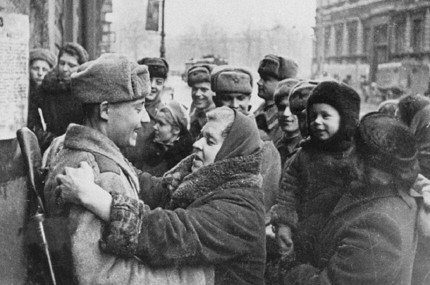 освобождение Ленинграда жители и солдаты