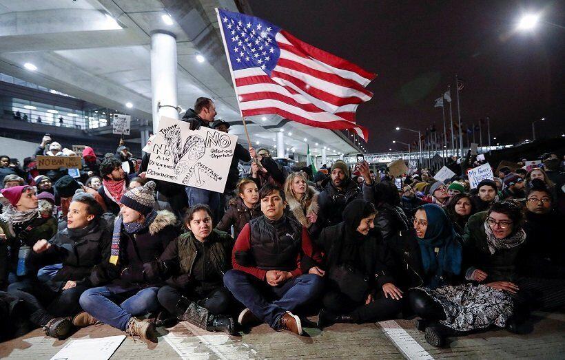 Правозащитники подали в суд на власти США из-за ограничений по предоставлению статуса беженцев