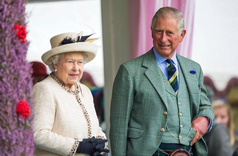 Елизавета II намерена сделать принца Чарльза преемником через 3 года