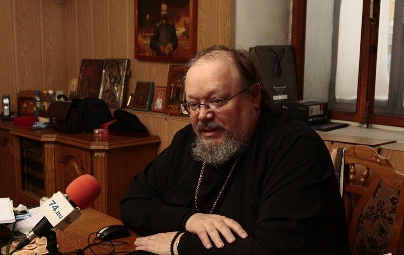 В Челябинске отстранили от служения священника, погасившего ипотеку на пожертвование
