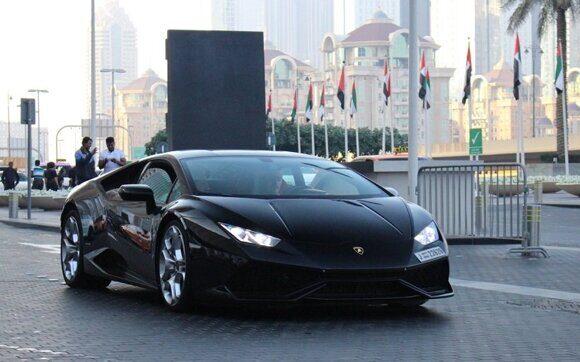 Турист арендовал в ОАЭ шикарное авто и получил штрафов на 45 тыс. долларов