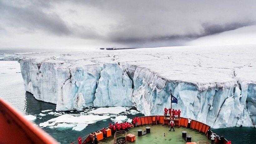 туристы из КНР посетили Северный полюс