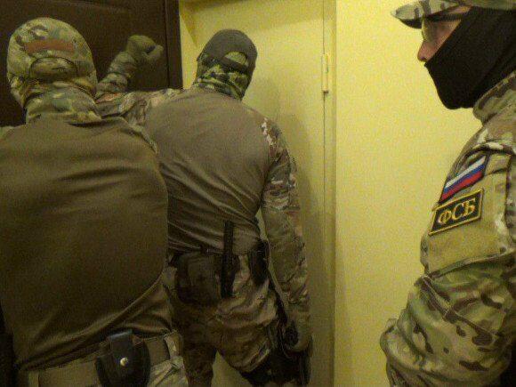 В Керчи задержан отец подозреваемого в нападении на колледж