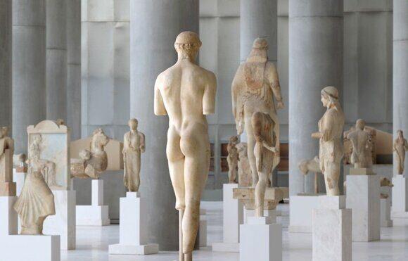 музей Акрополя в Греции