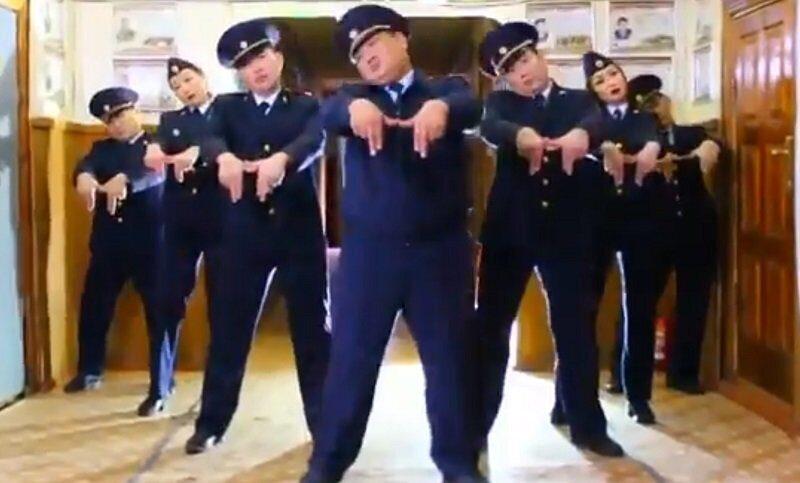 полиция танцы