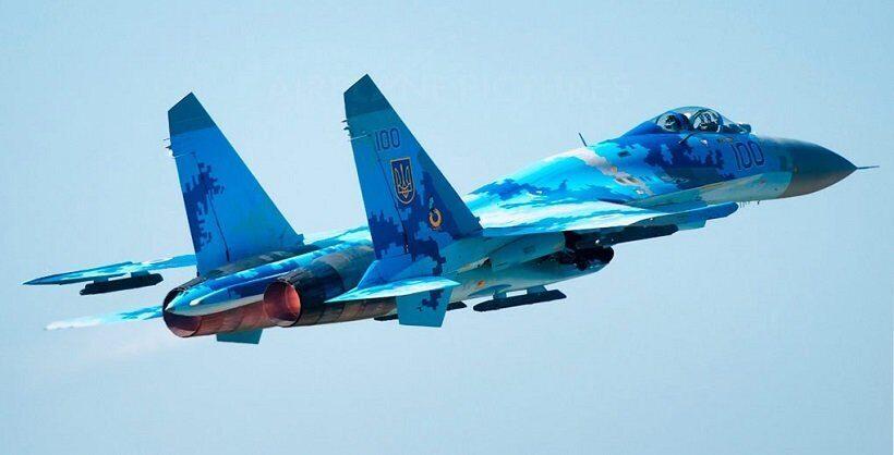 su-27_pobedil_f-15_v_uchebnom_boyu_na_ukraine.jpg