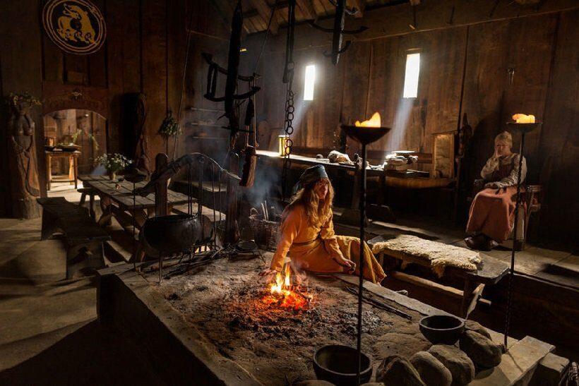 жители древней столицы викингов в Швеции