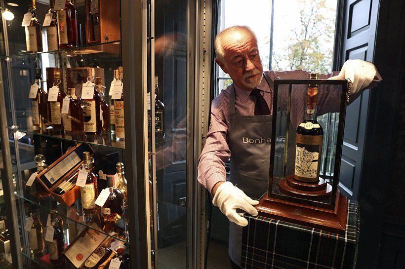 Бутылка виски Macallan 60-летней выдержки продана на торгах в Эдинбурге за $1,1 млн