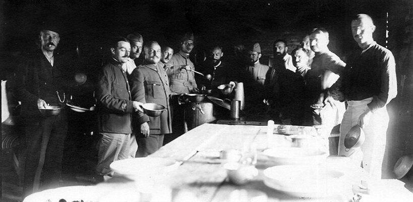 Шарль де Голль мог быть в 1916 году в лагере для военнопленных в белорусском Щучине