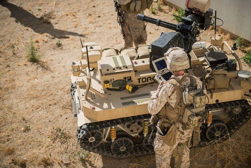роботы на службе армий мира
